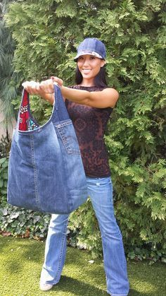 Upcycled Levi Jean Denim Purse - MissyMoody.com