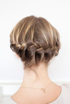 5 fresh DIY hairstyles for summer!