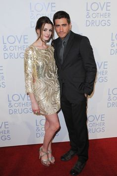 Jake Gyllenhaal and Anne Hathaway promote Love and Other Drugs