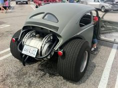 VW Bug lookin ready for the drag strip