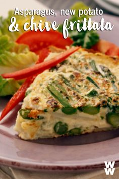 Looking for the perfect breakfast idea? Whether it's early morning or brunch, this asparagus, potato and chive frittata is an easy and healthy breakfast recipe. Breakfast And Brunch, Perfect Breakfast, Breakfast Dishes, Healthy Breakfast Recipes, Brunch Recipes, Healthy Eating, Healthy Recipes, Breakfast Casserole, Healthy Snacks