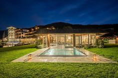 Sommer 2020: Vorfreude im Romantik SPA Hotel Seefischer - The Chill Report Spa Hotel, Mansions, House Styles, Wellness, Top, Home Decor, Environment, Romantic Vacations, Steam Bath
