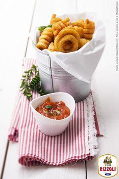 RIZZOLI-Ricetta patatine con ketchup di alici in salsa piccante-ricetta spaghettibites.com