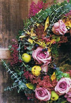 gardener's treasure wreath