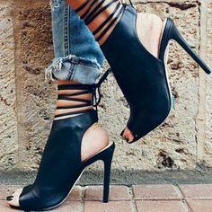 Shoespie Black Straps Ankle Wrap Sandals