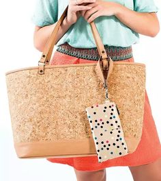 Love this bag? Host a Thirty One party and you can get it!! www.mythirtyone.com/dianema