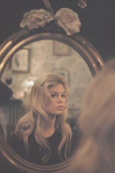 ☾ Bardot had such great hair. Such a fabulous beauty, and an hourglassy beatnik!