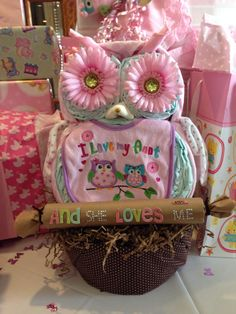 """""""Owl Diaper Cake"""" made it for my sister in law Amanda, she loved it ❤️"""