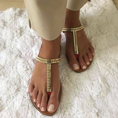 Nice Toes, Pretty Toes, Stocking Tights, Sexy Toes, Female Feet, Women's Feet, Flat Sandals, Barefoot, Flip Flops