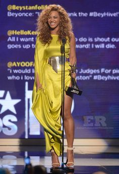 Beyonce stealing the spotlight in Stephane Roland and Givenchy sandals!