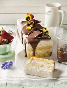 Roomsag en baie soet! Sit voor met die vanielje-vrugteslaai.  http://www.sarie.com/kos/resepte/nougat-terrien