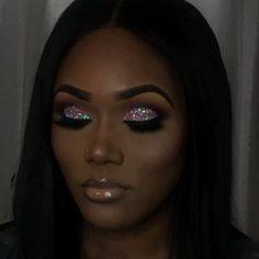 46 Ideas Eye Makeup Black Girl Glitter For 2019 Glitter Eye Makeup, Prom Makeup, Cute Makeup, Gorgeous Makeup, Pretty Makeup, Wedding Makeup, Makeup Drop, Scary Makeup, Skull Makeup