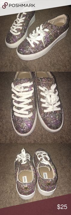 Steve Madden Shoes I believe this style is called Bertie. Glitter Steve Madden Shoes, size 7.5, worn a few times. Steve Madden Shoes Sneakers