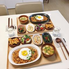 quién no se enamoraría de ti?❀Hʏᴜɴᴊɪɴ ʏ ᴛᴜ❀ ➳♡ 〜〜〜〜ε♥з〜〜… # Fanfic # amreading # books # wattpad Think Food, I Love Food, Good Food, Yummy Food, Asian Recipes, Healthy Recipes, Healthy Picnic Foods, Eat This, Food Goals