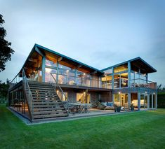 maison en bois far pond vue generale verre eclairage