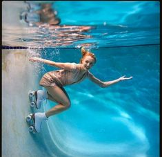 Underwater skating! WoW, So Cool..... .... ❣️☥Des☥ree☥❣️