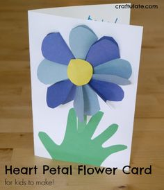 This homemade flower card has a hidden surprise - all the petals are made from hearts! A lovely card for kids to make. Tissue Paper Crafts, Paper Crafts For Kids, Mason Jar Crafts, Mason Jar Diy, Budget Crafts, Diy Crafts, Paper Flower Centerpieces, Construction Paper Crafts, Popular Crafts