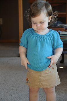 Ravelry: Project Gallery for LLani pattern by Katya Frankel