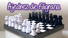 Ajedrez de filigrana, Quilling chess Quilling Jewelry, Quilling Art, Diy Paper, Paper Art, Quilling Tutorial, Projects, Scrapbooking, Chess Sets, Hobby