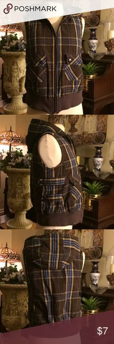 Fall Outerwear Vest Junior Medium Plaid Brown plaid vest with working  Zipper, Gently used in good condition Nori Jackets & Coats Vests