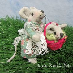 Mouse baby mouse Mouse Doll Primitive Mouse Mice by MotherlodeToad, $22.00
