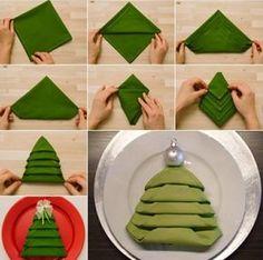 Comment plier une serviette de table en joli sapin de Noël ...