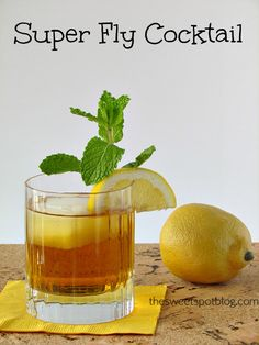 Sweet Tea Cocktails: Super Fly by The Sweet Spot Blog -- Perfect for the Kentucky Derby! -- #sweettea #vodka #cocktailrecipes