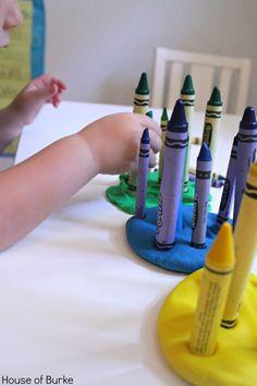 Crayon and Playdough Colour Sort