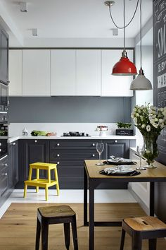New Kitchen Colors Ideas Grey Interior Design Ideas Grey Interior Design, Apartment Interior Design, Interior Design Kitchen, Color Interior, Design Interiors, Modern Interior, Apartment Kitchen, Home Decor Kitchen, Kitchen Ideas