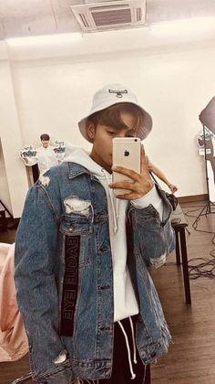 Jung Suk, Lee Jung, Korean Entertainment Companies, My Crush, My Boys, Boy Groups, Bae, Long Hair Styles, Guys