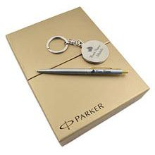 A good gift for men: Personalized Parker Gift Combo  - Almanac at giftforeveryone.in