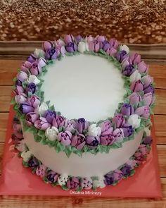 Cake Decorating Frosting, Cake Decorating Designs, Cake Decorating Videos, Cake Decorating Techniques, Cake Designs, Pig Birthday Cakes, Beautiful Birthday Cakes, Bolo Floral, Floral Cake