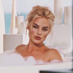 #Margot #Robbie