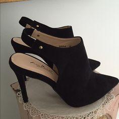 40fd1ff8d2e Black Heels Black sling back heels. Size 8 1 2. Tried on once