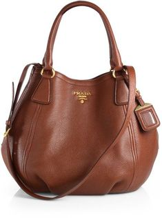 Prada Daino Convertible Satchel in marrone-brown Más Supernatural Styl Leather Hobo Handbags, Burberry Handbags, Chanel Handbags, Luxury Handbags, Fashion Handbags, Tote Handbags, Fashion Bags, Designer Handbags, Brown Handbags