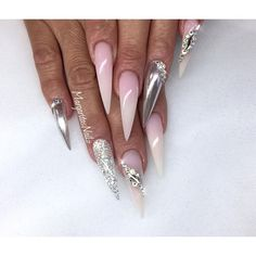 Stiletto nails chrome and ombré nail design summer 2016 nail fashion. not so long and almond shaped instead Sexy Nails, Dope Nails, Glam Nails, Bling Nails, Trendy Nails, Bling Bling, Ombre Nail Designs, Nail Art Designs, Nails Design