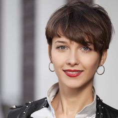 What to Know About Getting a Pixie Haircut - L'Oréal Paris