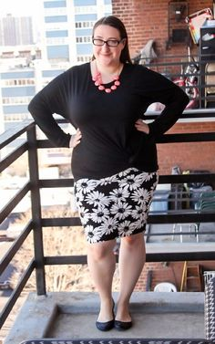 90's daisy print pencil skirt and the softest twist jersey top from Three Dots.  Head to CurvilyFashion.com for details!