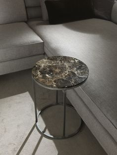 Metal, marble and the elegance of simplicity