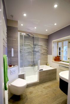 Bathtub with shower ✭ The solution for small bathrooms ➷- Rectangular bath with entry and shower in bathroom show Potsdam - Bathroom Interior, Modern Bathroom, Small Bathrooms, Bathtub Cleaner, Walk In Bath, Christmas Bathroom Decor, Bathtub Shower, Tiny House Design, Decoration