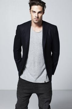 Top 10 TV Hunks Jay Ryan The ever romantic tale of The Beauty and The Beast…We got to know handsome Jay Ryan as Vincent Keller on CW hit new show Beauty and The Beast. Fans approved the show and we will see Ryan as the sexy beast again starting this fall.