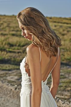 Boho wedding dress. Lace bodice with a full chiffon skirt our TARA dress is classic and flawless with it's relaxed bohemian beauty. This gown is for the bride with true style and originality that is looking to avoid heavy structure and boning X www.graceloveslace.com.au