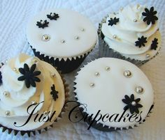 Just Cupcakes!: Wedding Cupcakes