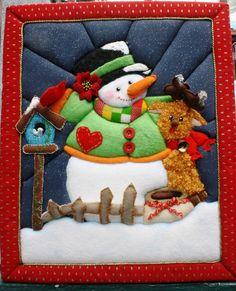 técnica patchwork sin aguja Christmas Applique, Christmas Sewing, Christmas Crafts, Christmas Decorations, Merry Christmas, Christmas Ornaments, Snowman Crafts, Felt Crafts, Fabric Crafts