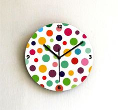 20 Cute and Colorful Wall Mount Clocks for Kid's Bedroom