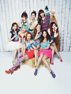 Girls' Generation models for CASIO's BABY-G with 'First Kiss' theme