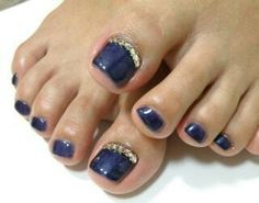 This is my normal Go-To for pedi bling.