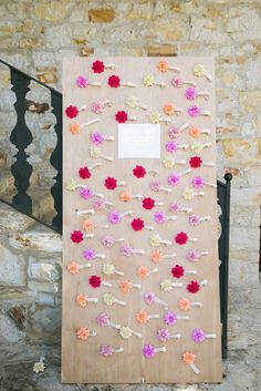 Pretty wedding reception escort card display; Photo: Jasmine Lee Photography