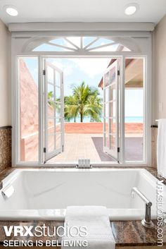 A beautiful tropical view of the Pacific Ocean from a suite at the #RoyalHawaiian. View more stunning photography here: http://www.vrxstudios.com