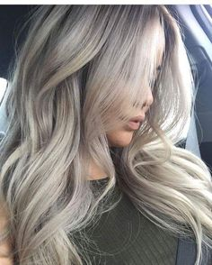 Best Smokey Light Ash Blonde Locks #Blondehair #haircolor #haircolorideas